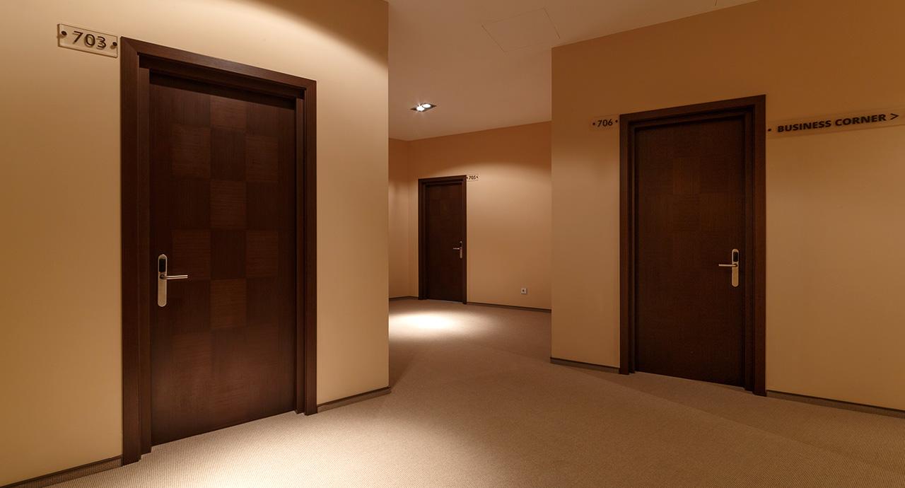 Спеціалізовані протипожежні двері для готелів